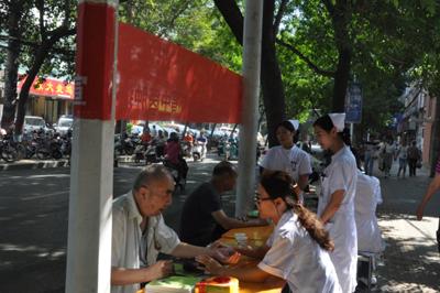 希福医院举办的义诊活动受到广大市民的认可
